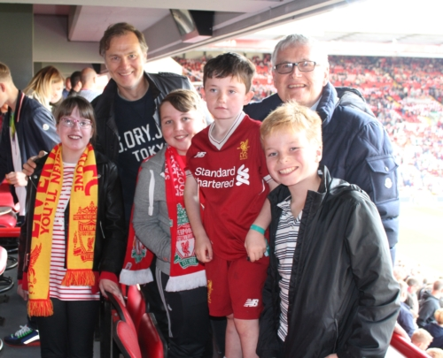 David Morrissey co-hosts Box4Kids at Liverpool FC