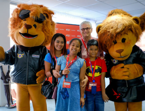 Box4Kids visits Singapore Airshow for our 1st international event!